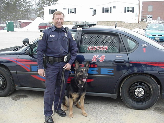 Officer Young with K-9